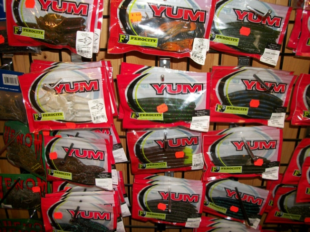 Plastic worms for awesome bass fishing!  Plus we carry a TON of different bass hooks for Texas Riggins, Carolina Rigs, Wacky Rigs,  and other assorted bass set-ups!
